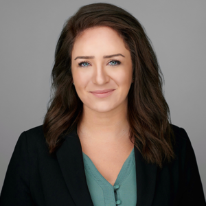 Olivia Amlung headshot